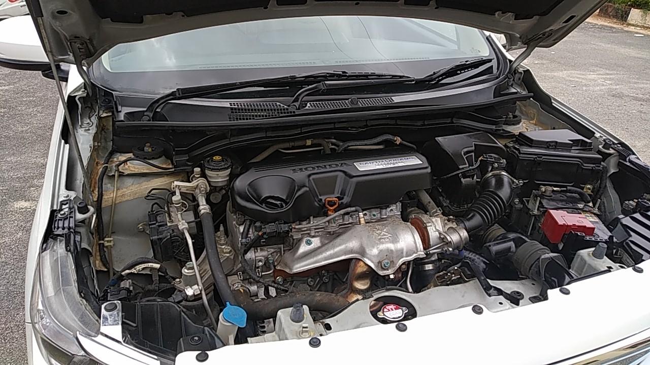 Spinny Assured Honda Amaze engine