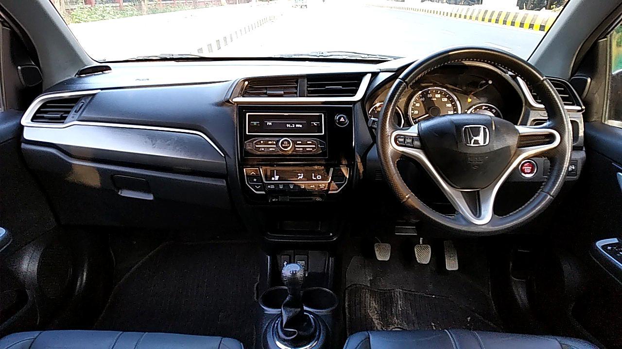 Spinny Assured Honda BR-V interior
