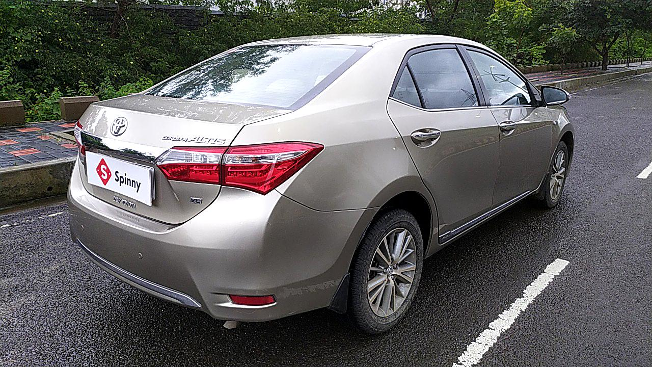 Spinny Assured Toyota Corolla Altis rear