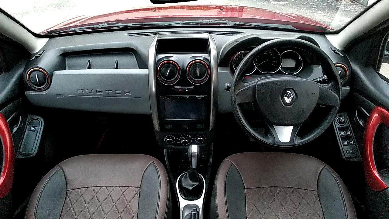 Renault Duster interior dashboard