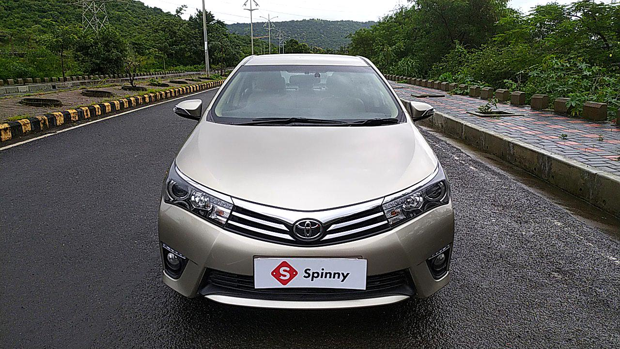 Spinny Assured Toyota Corolla Altis front