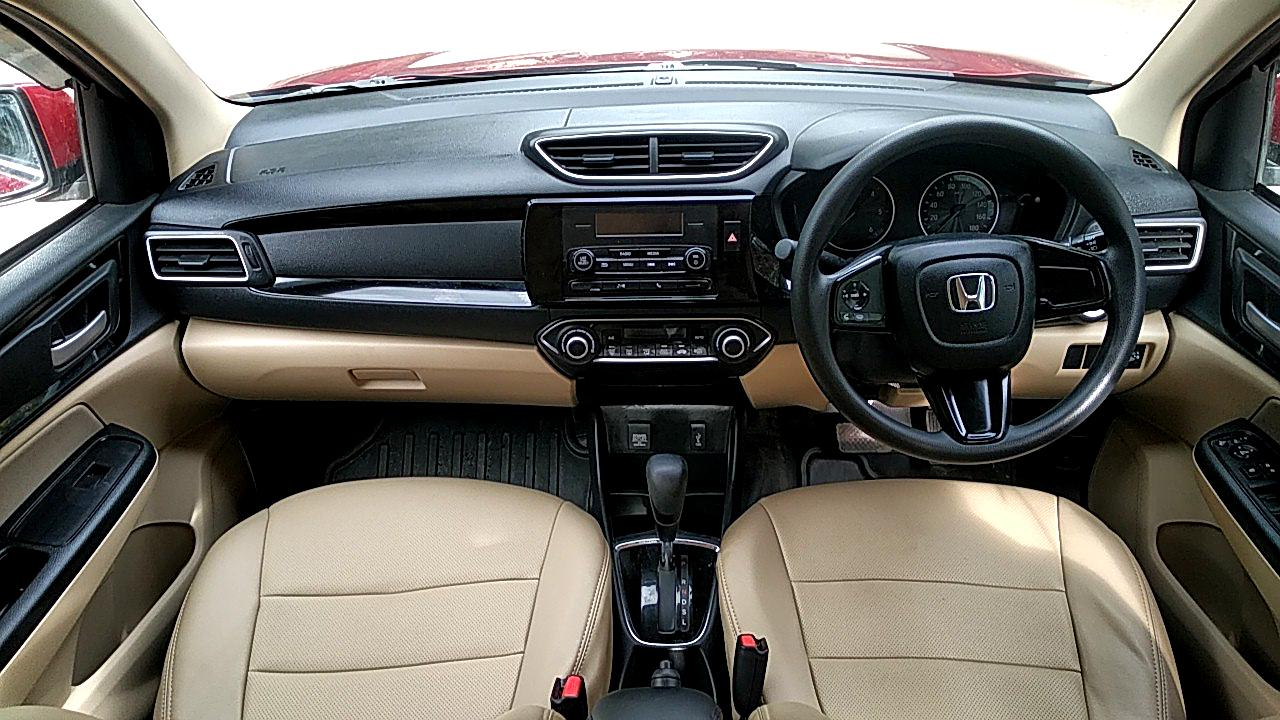 Spinny Assured Honda Amaze CVT interior