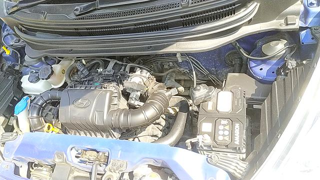 ENGINE LEFT SIDE VIEW