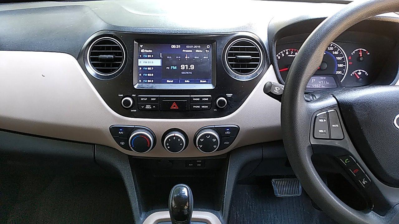 Spinny Assured Hyundai Grand i10 AC vents