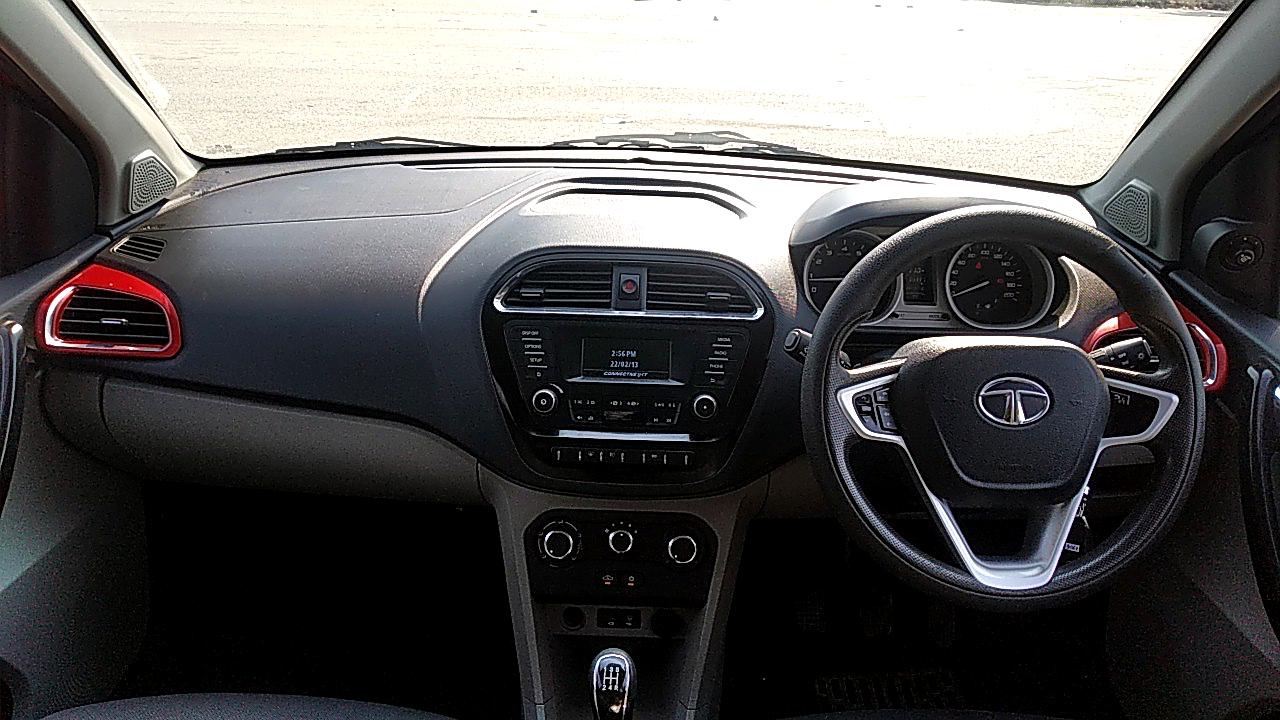 Spinny Assured 2016 Tata Tiago interior