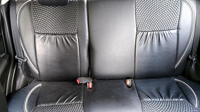 REAR SEAT CONDITION VIEW